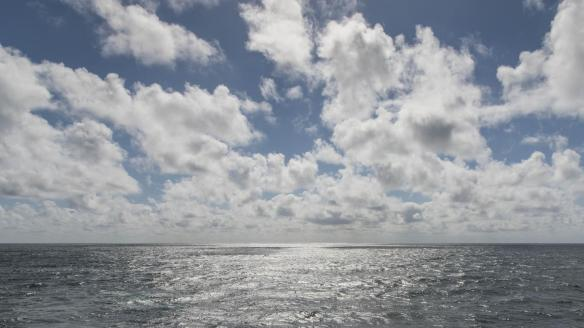 More isoprene is apparently produced on the border between ocean and atmosphere than previously thought. The gas contributes to the formation of clouds and has therefore influence on the global climate. Photo: Tilo Arnhold/TROPOS