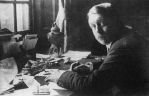 MarkSykes1917athisdesk