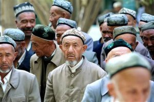 large_uighur-men-20011